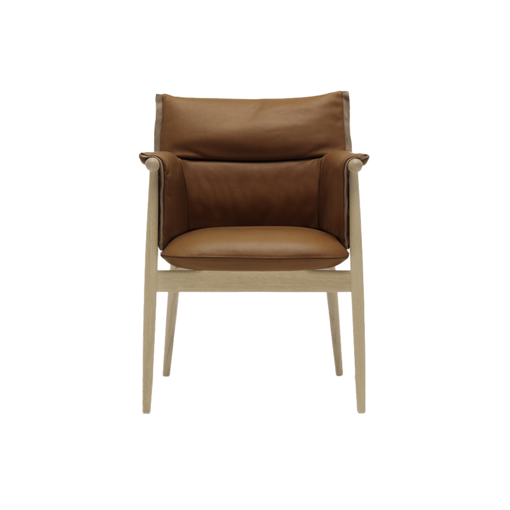 E005 (Embrace) Dining Chair with Arms