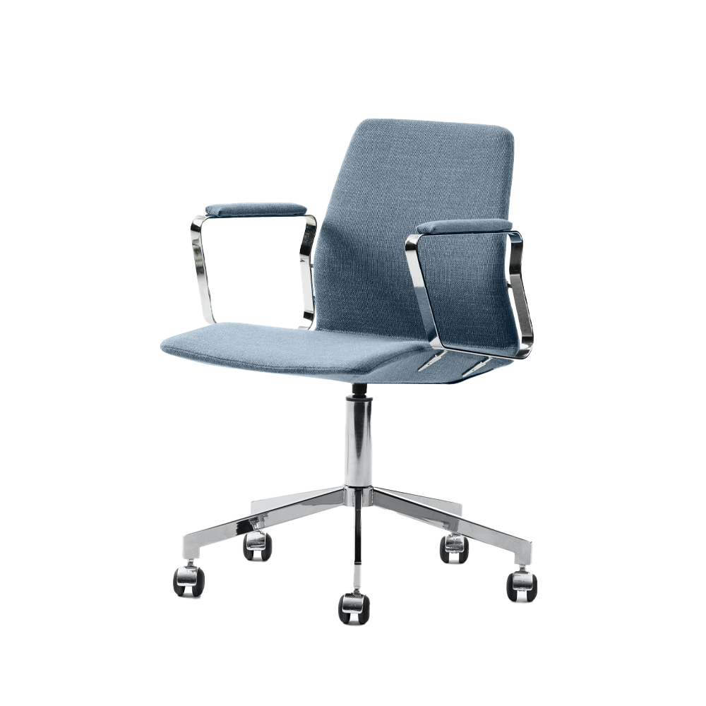 Pilot Swivel Chair with Low Back